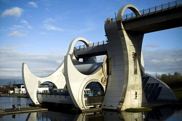 Closer look at the Falkirk Wheel