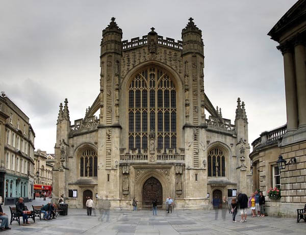 The Bath Abbey from the outside