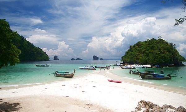 Tup Island Beach in Thailand