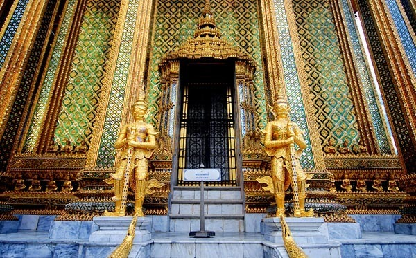 Entrance to the Bangkok Grand Palace