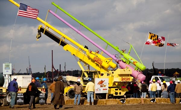 A pumpkin throwing machine at the Punkin Chunkin World Championships