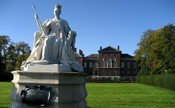 The Queen Victoria Memorial, Kensington Gardens, London