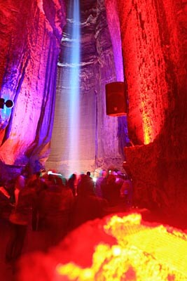 Ruby Falls light show