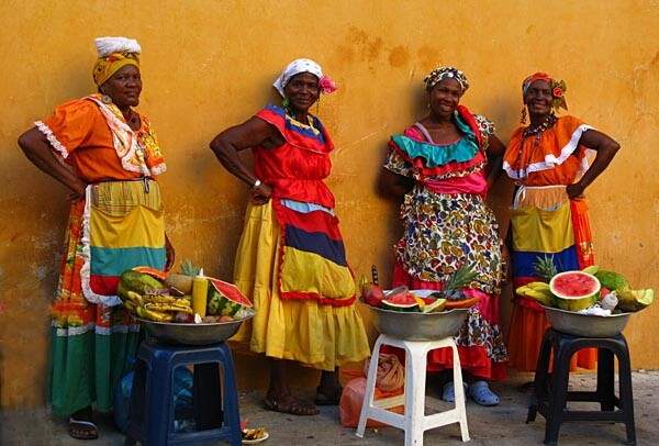 Food sellers on the streets of Cartagena