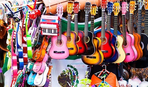 Guitars for sale at Olvera Street