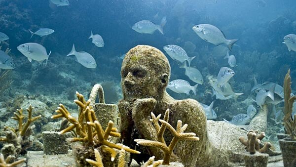 Museo Subacuatico statue