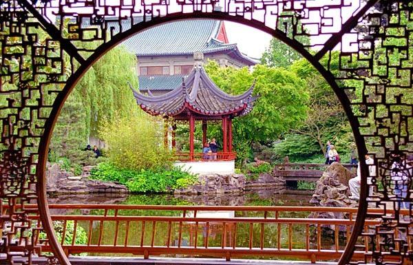 A Chinatown Pavilion