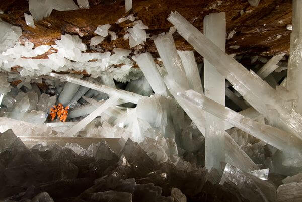 Crystal Cave of the Giants