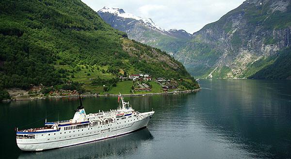 Cruise in Geirangerfjord, Norway