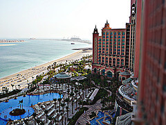 Dubai luxury hotel