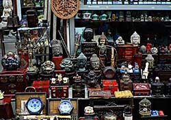 Dongtai Road antique market in Shanghai