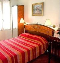 Hotel Utrillo in Paris
