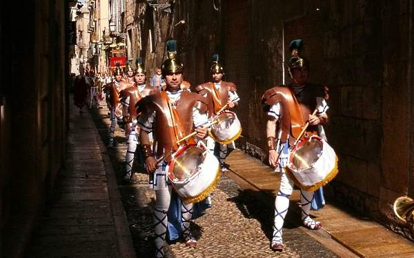 Procession of Roman soldiers with musical instruments