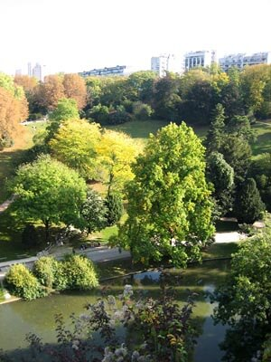 A view from the rock pillar in Buttes Chaumont park in Paris.