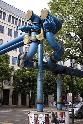 Some strange pipes on Unter den Linden in Berlin.