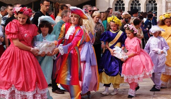 Flower girls at the 2011 Costermongers Festival in London